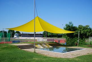 Gartenhallenbad Kinderaußenbecken