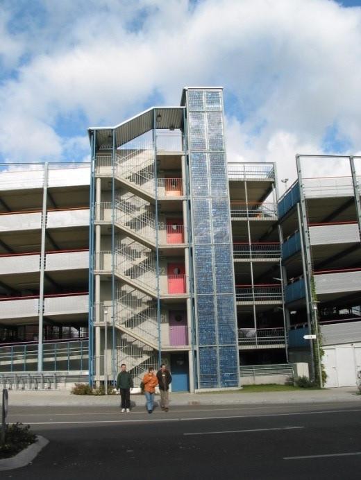 PV-Anlage P+R Parkhaus Bernhausen